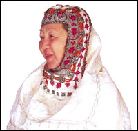 This headshawl, kimskek was purposed for occasions.